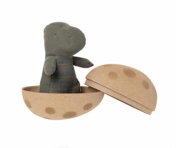 doudou-dinosaure-dans-son-oeuf-marque-maileg