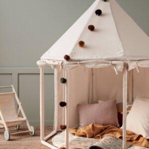 tente-pavillon-en-tissu-blanc-casse-kids-concept