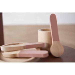 vaisselle-en-bois-rose-enfant-flexa