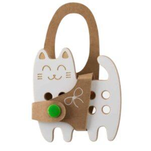 jouet à lacer en bois en forme de chat pour les enfants